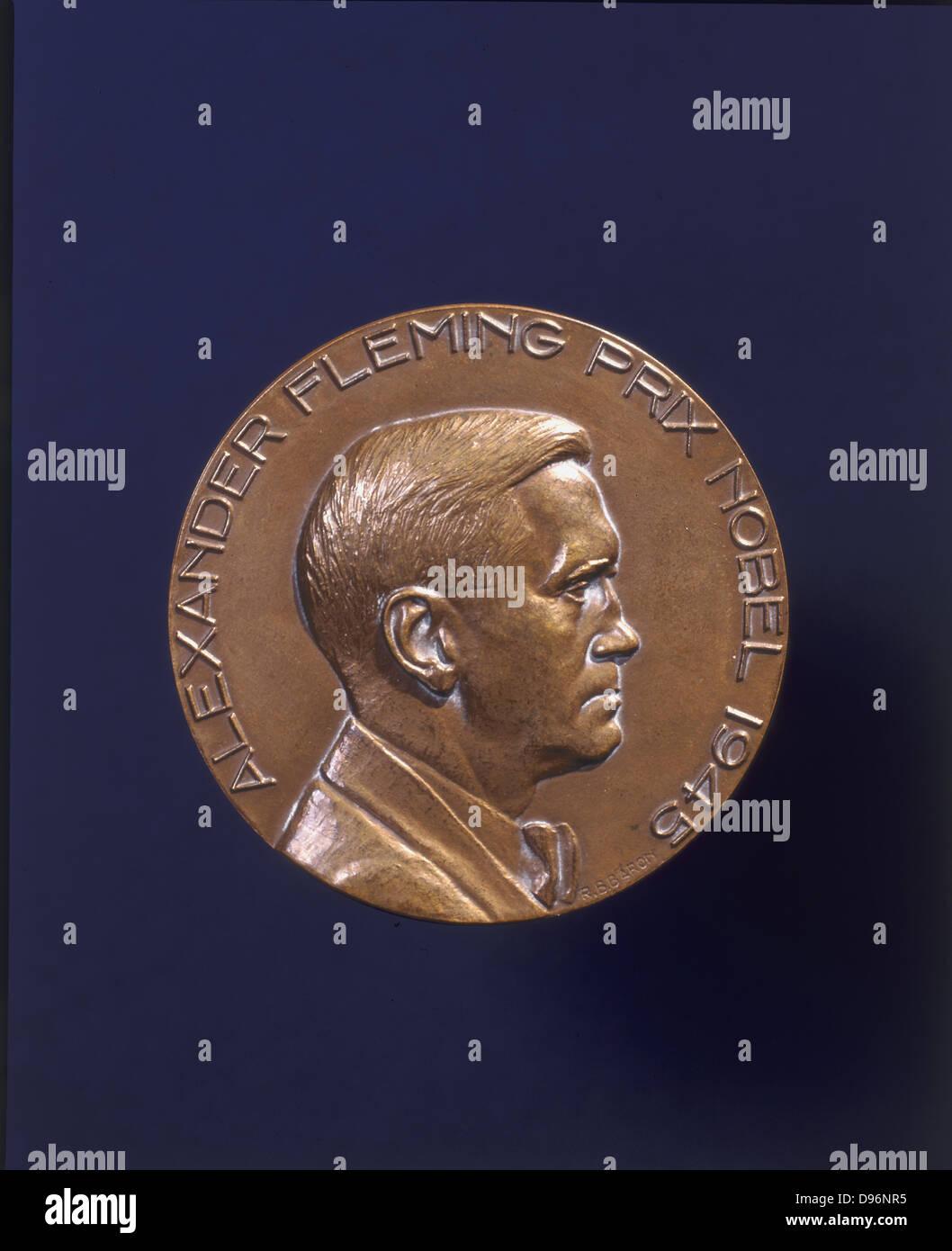 Alexander Fleming (1881-1955) bactériologiste écossais qui a découvert la pénicilline en 1928. Photo Stock