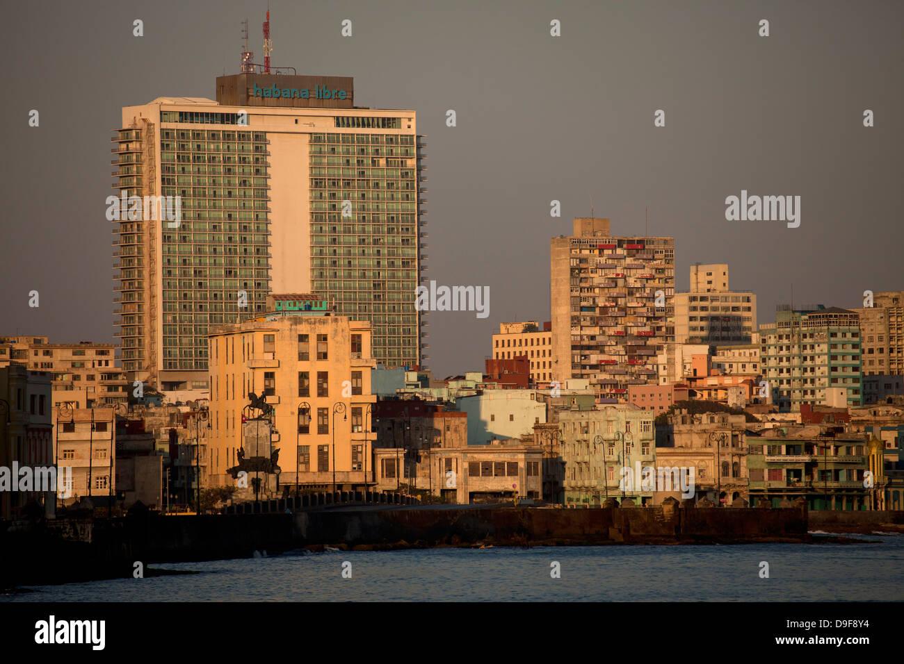 Paysage urbain avec l'hôtel Habana Libre, La Havane, Cuba, Caraïbes Photo Stock