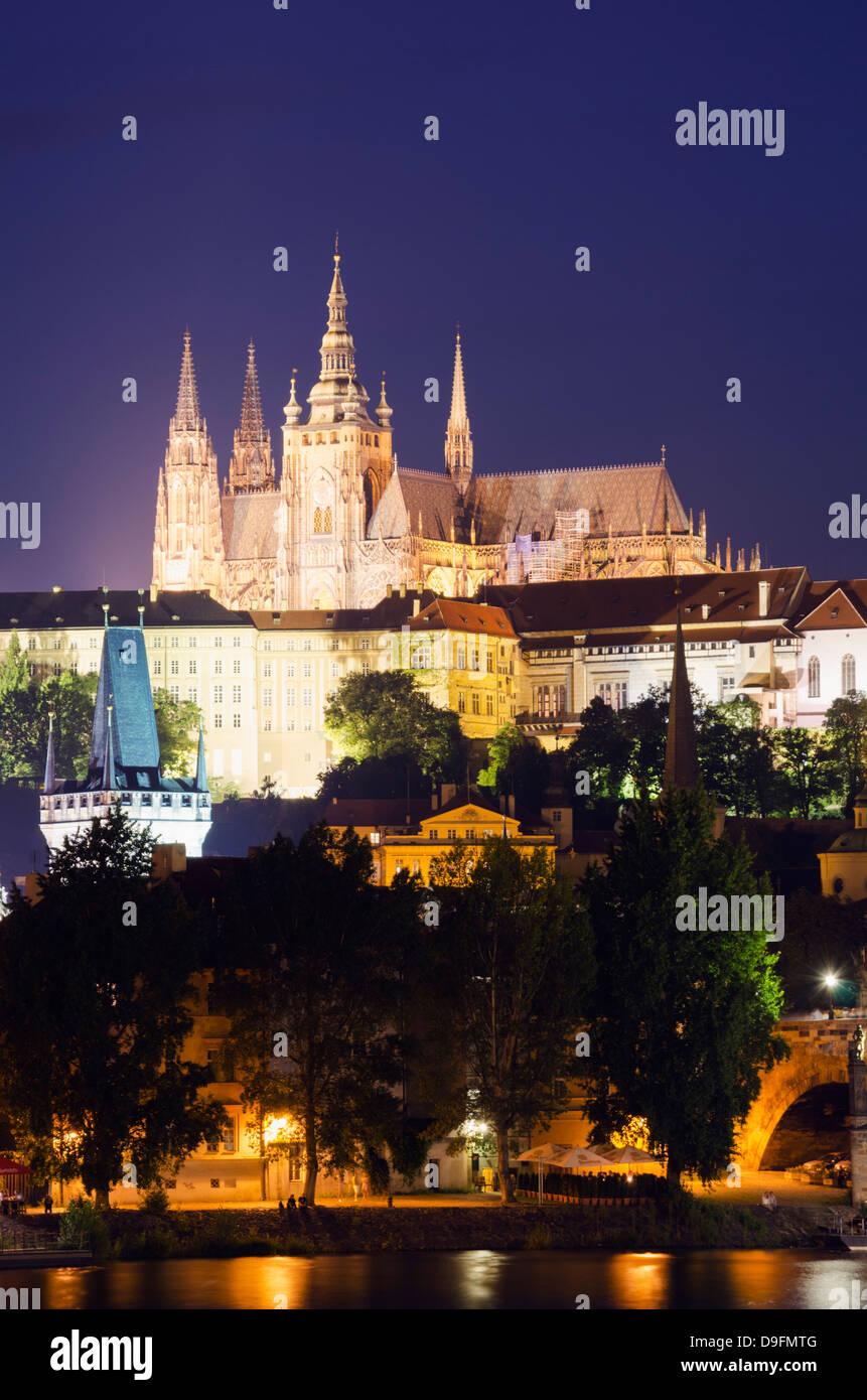 La Cathédrale Saint-Guy et le château de Prague, Site du patrimoine mondial de l'UNESCO, Prague, République Photo Stock