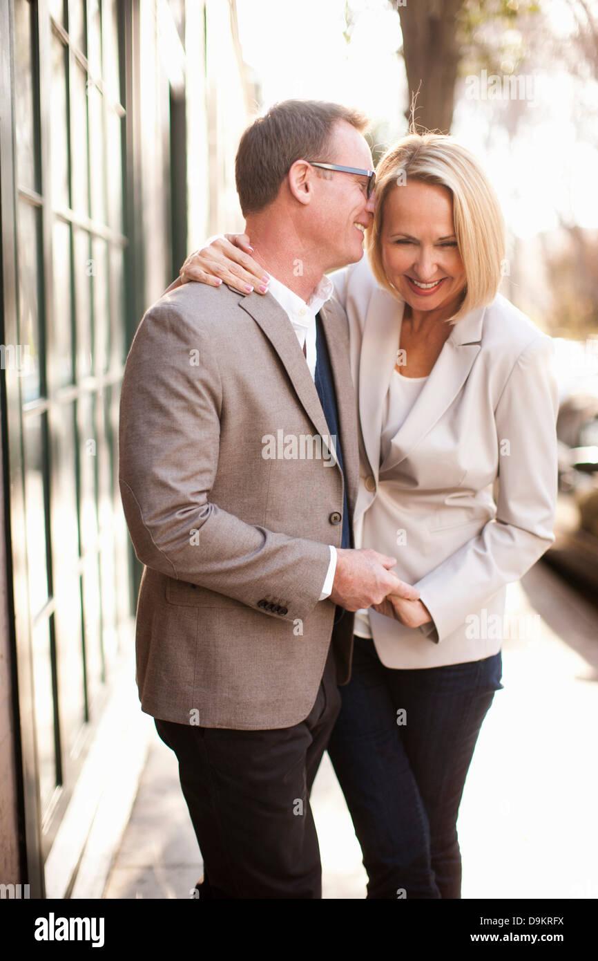 Heureux couple hétérosexuel Banque D'Images