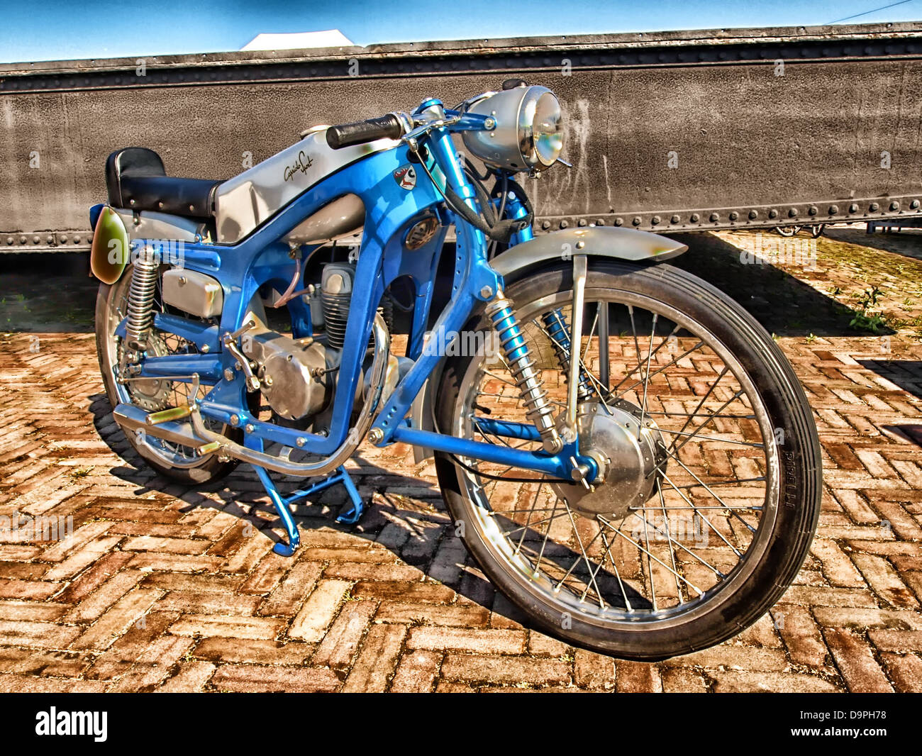 Capriola cycle moto sport hdr transport Photo Stock