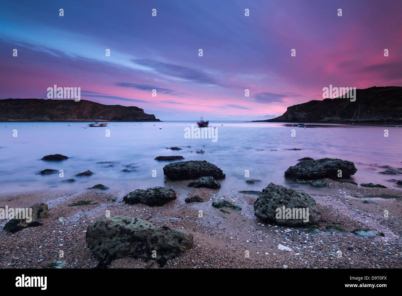 Crique de Lulworth Cove, sur la côte jurassique, Dorset, England, UK Photo Stock