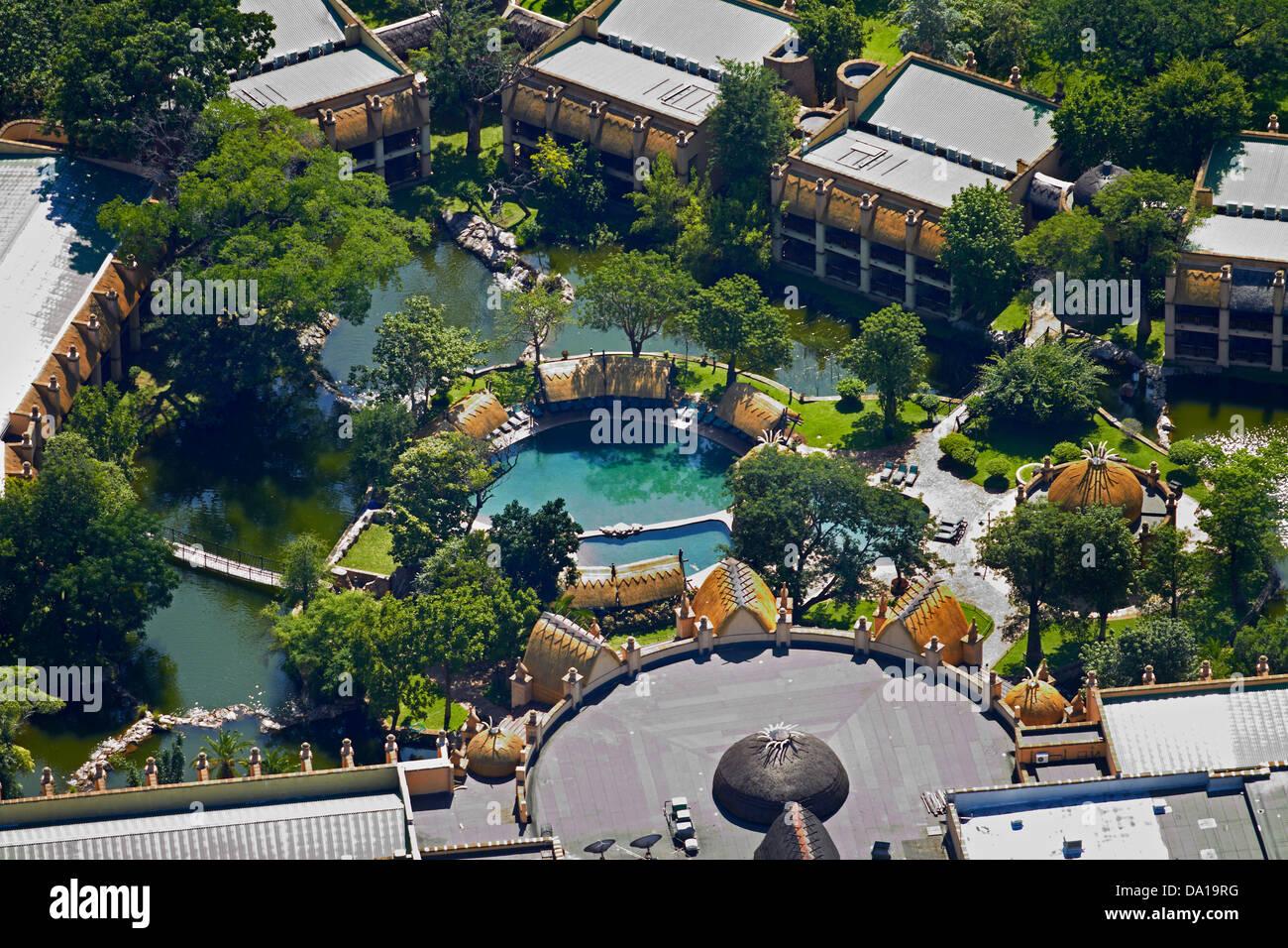 Le Kingdom Hôtel , Victoria Falls, Zimbabwe, Afrique du Sud - vue aérienne Photo Stock