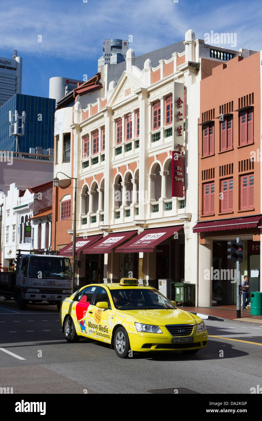 Taxi jaune Chinatown, Singapour, Asie Photo Stock