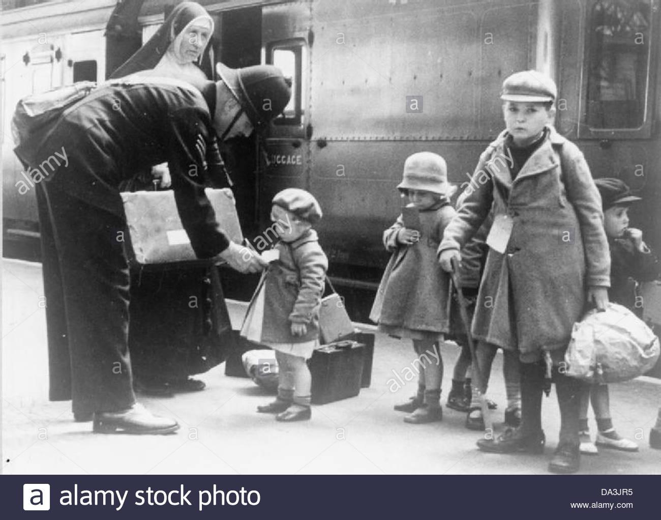 Le système d'évacuation des civils en Grande-Bretagne durant la Seconde Guerre mondiale LN6194 Photo Stock