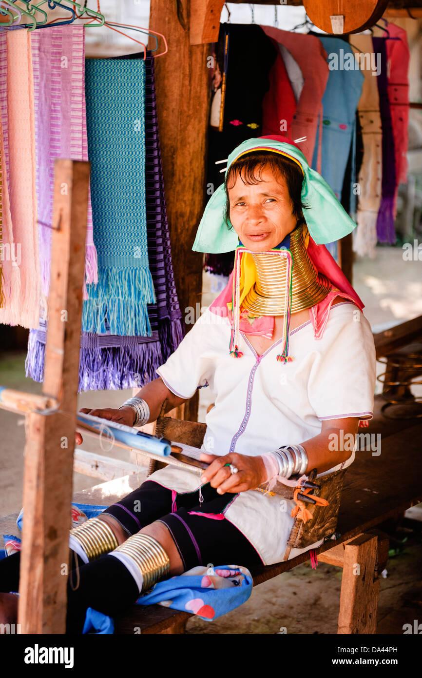 Long cou Karen Hill Tribe Village près de Mae Hong Son. Banque D'Images