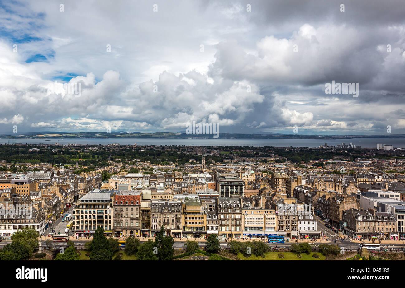 Europe Grande-Bretagne, Ecosse, Edimbourg, la nouvelle ville vu depuis le château d'Edimbourg Photo Stock