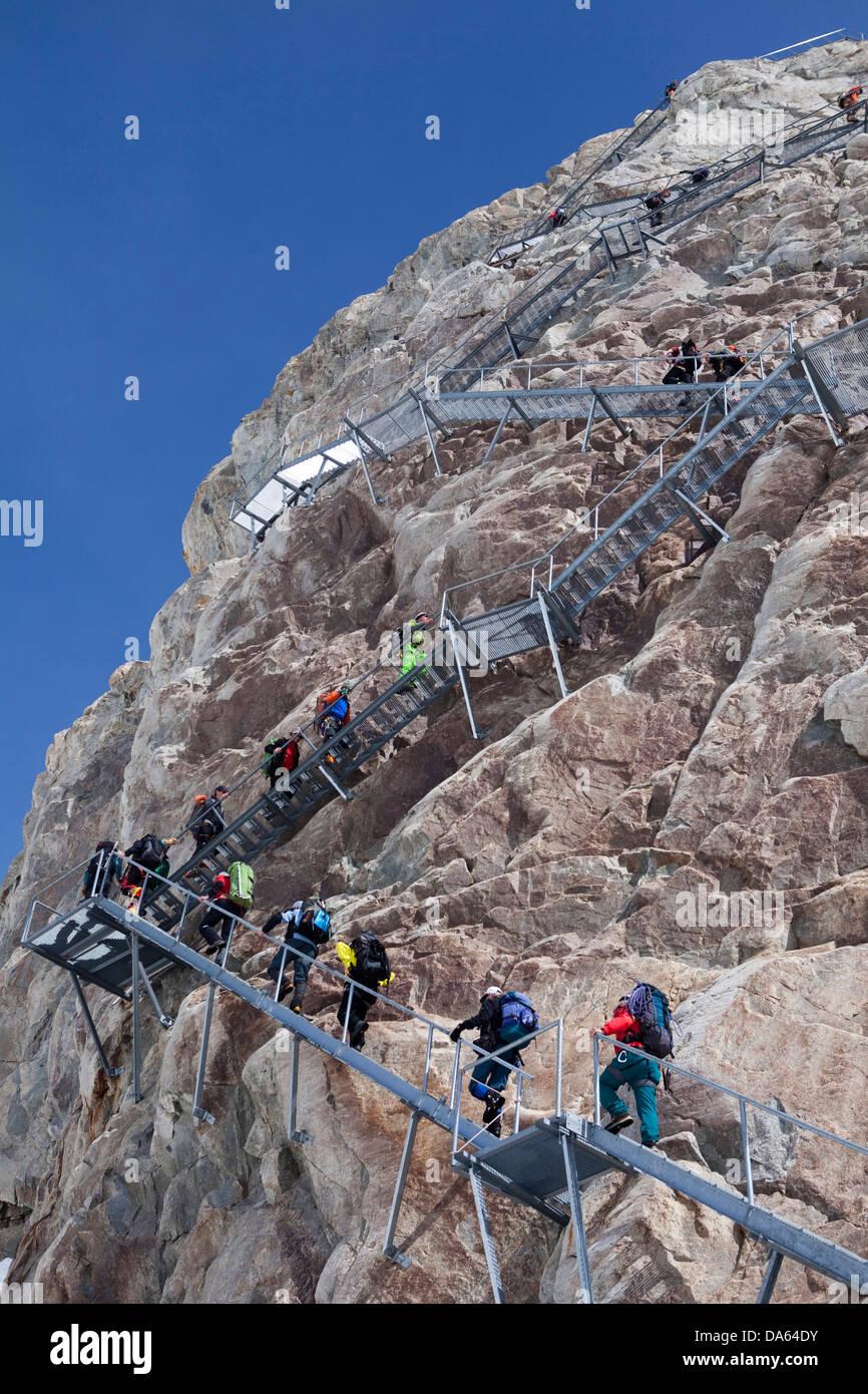 Escaliers, Konkordiahütte, SAC, lieu, Konkordia, montagne, montagnes, glaciers, glace, moraine, canton, le Photo Stock
