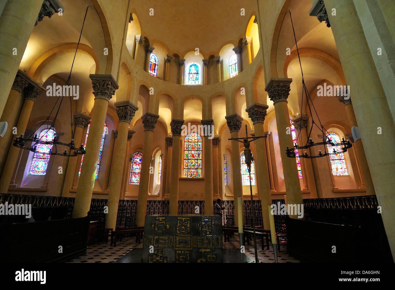 Vue de l'intérieur, la Basilique Notre-Dame du Port Banque D'Images