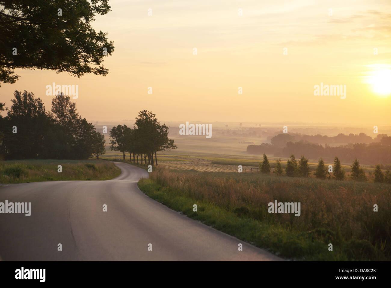Beau lever de soleil dans une zone rular Photo Stock
