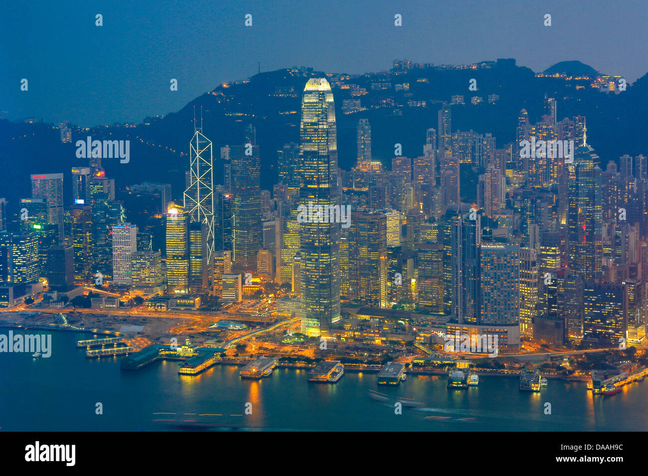 Hong Kong, Chine, Asie, ville, Kowloon, Hong Kong, Chine, l'Asie, de l'ICC, Building, Central, lumières, Photo Stock