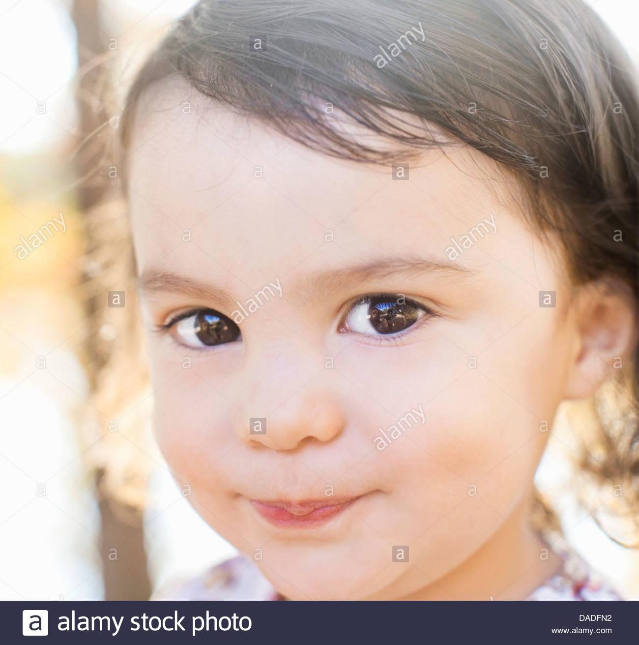 Avec l'enfant charmant sourire Photo Stock