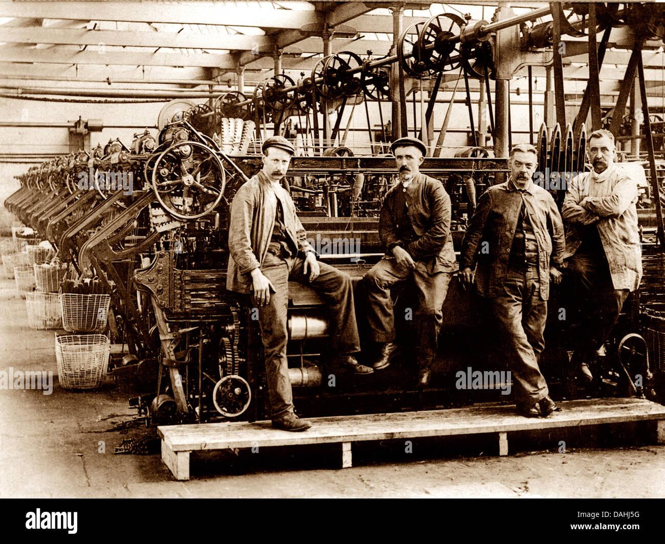 Les travailleurs du textile de l'époque victorienne Photo Stock
