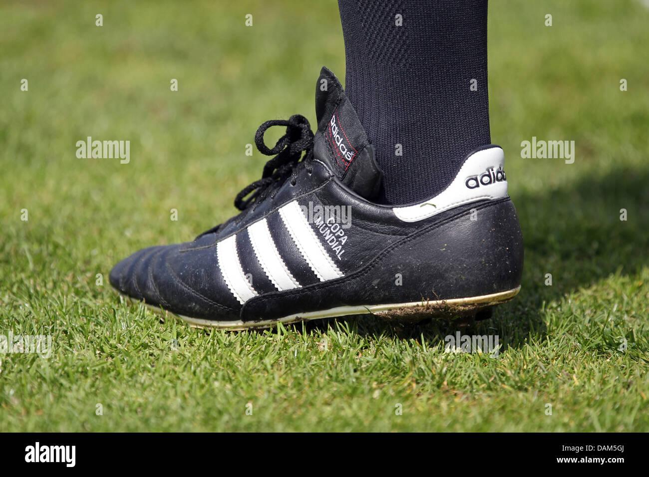 Ligne Juge De Copa Un Football Portant Modèle Chaussures yN8wm0vnOP