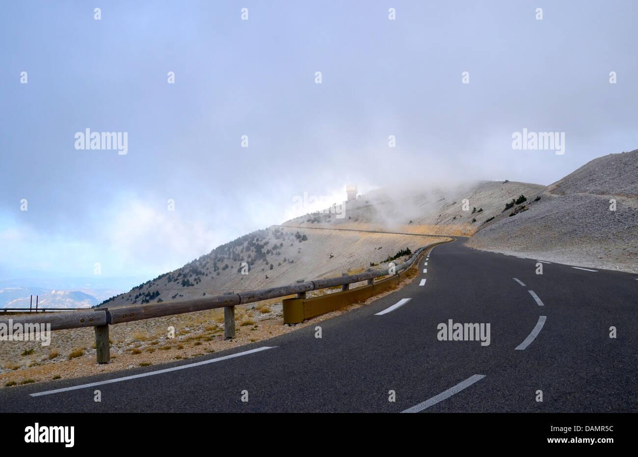 Mont Ventoux - la montagne de vent, de vent au sommet, en particulier mistral Provence, France, Tour de France, Photo Stock