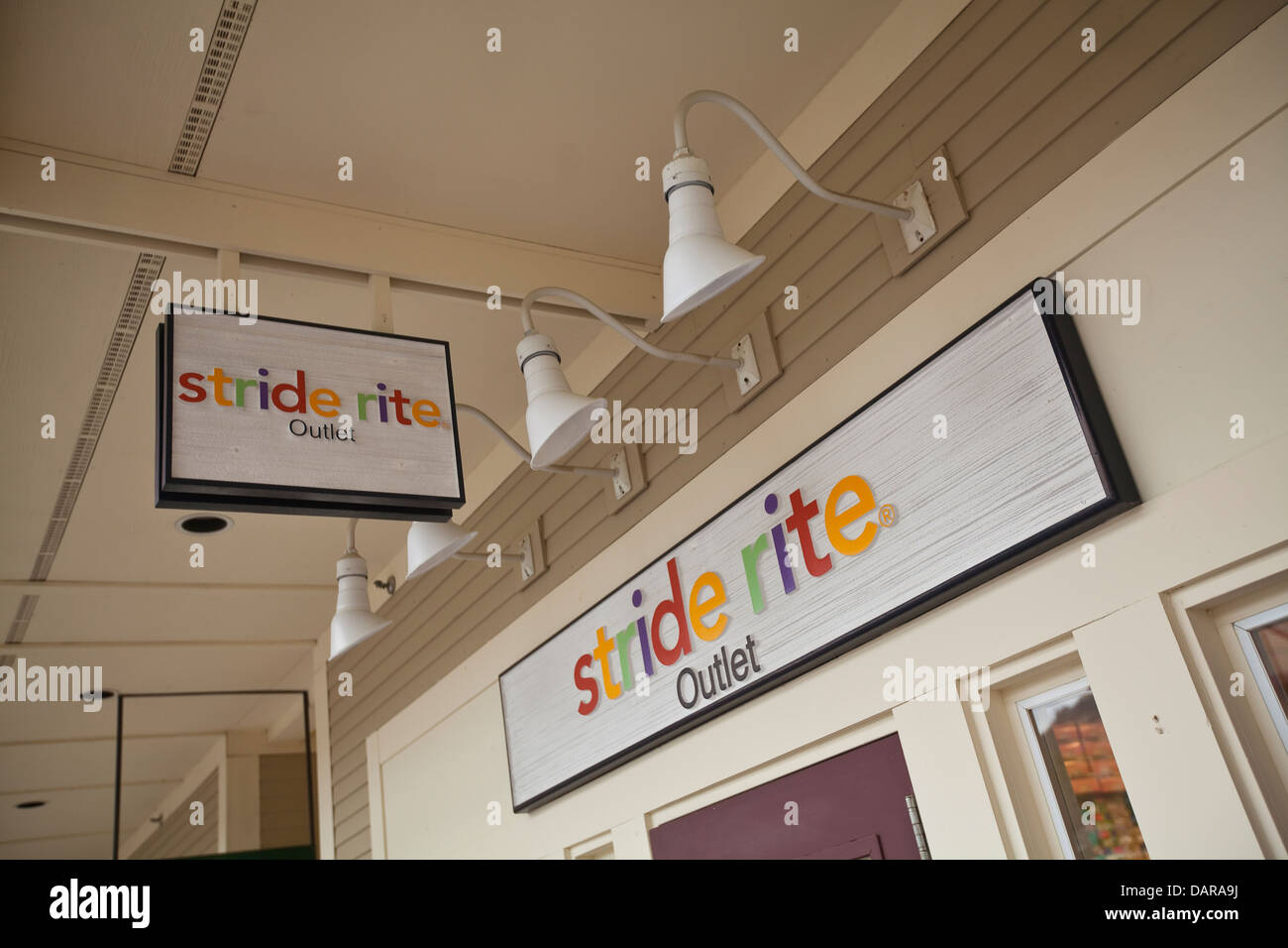 Stride Rite une solderie est photographié à l'Settlers' Green Outlet Village de North Conway, Photo Stock