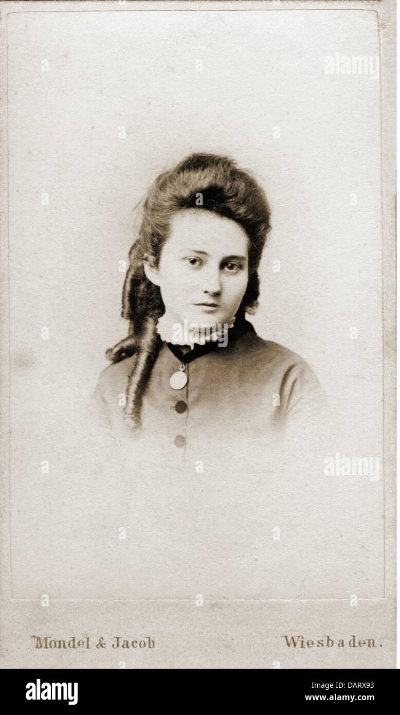 Les Gens Femmes Femme Photo De Mondel Jacob Carte Visite Wiesbaden Allemagne Fin 1900 Portrait Nostalgie Glisse