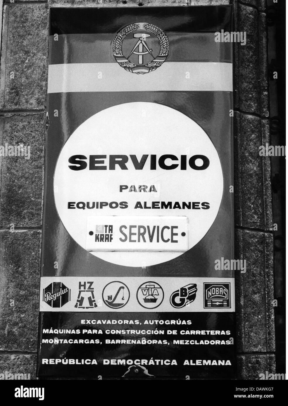 La publicité, service, signe d'un point de service pour l'équipement importés de l'Allemagne Photo Stock
