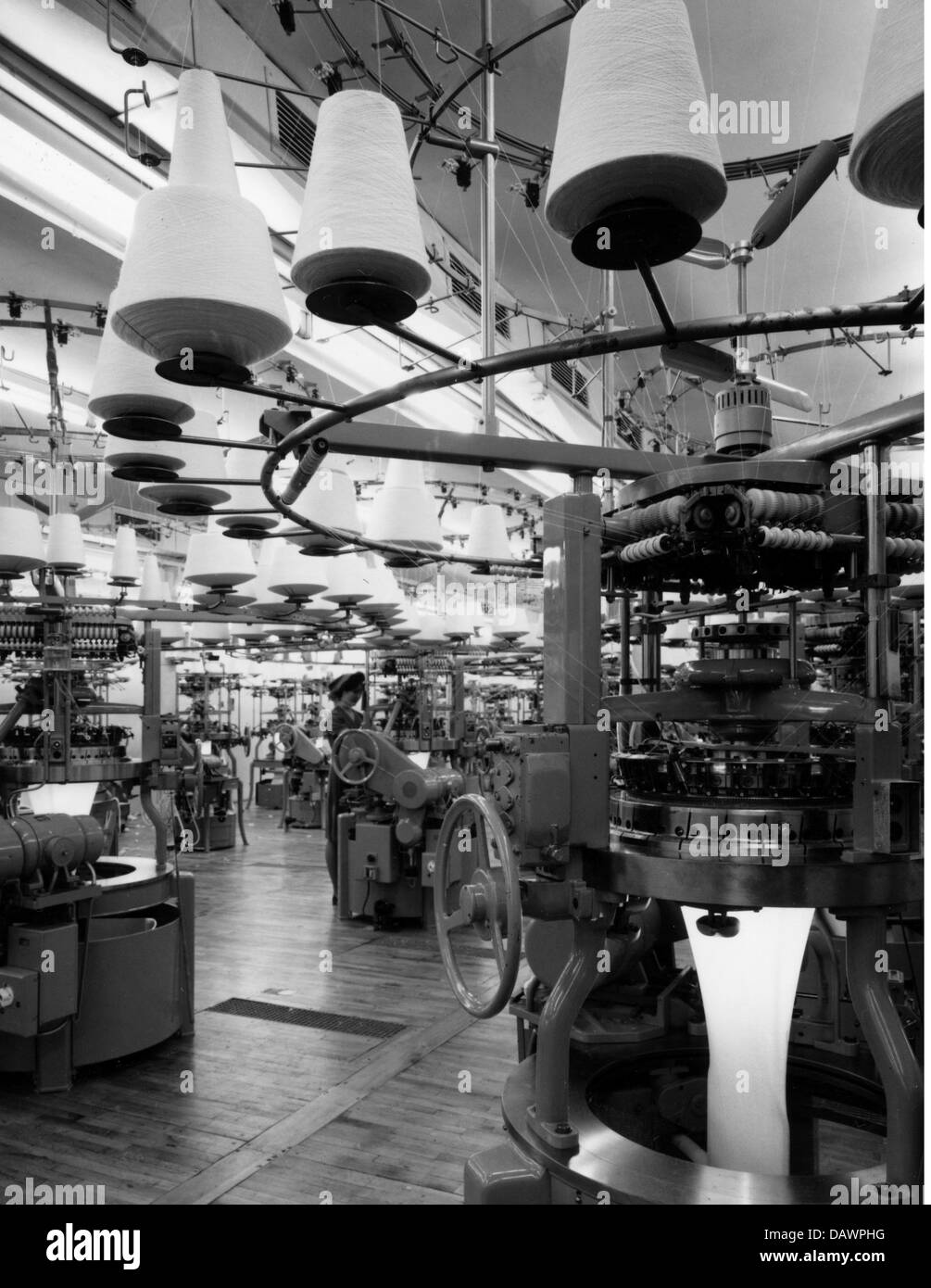 L'industrie, textile, Schiesser, usine, Radolfzell, Allemagne, 1961, Additional-Rights-Clearences-NA Photo Stock
