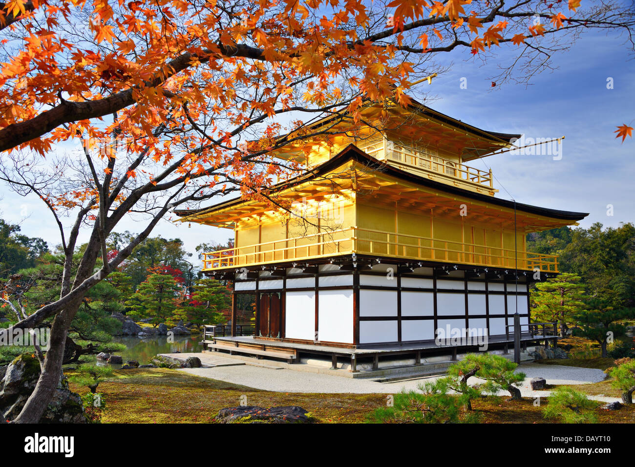 Temple du pavillon d'or de Kyoto au Japon. Photo Stock