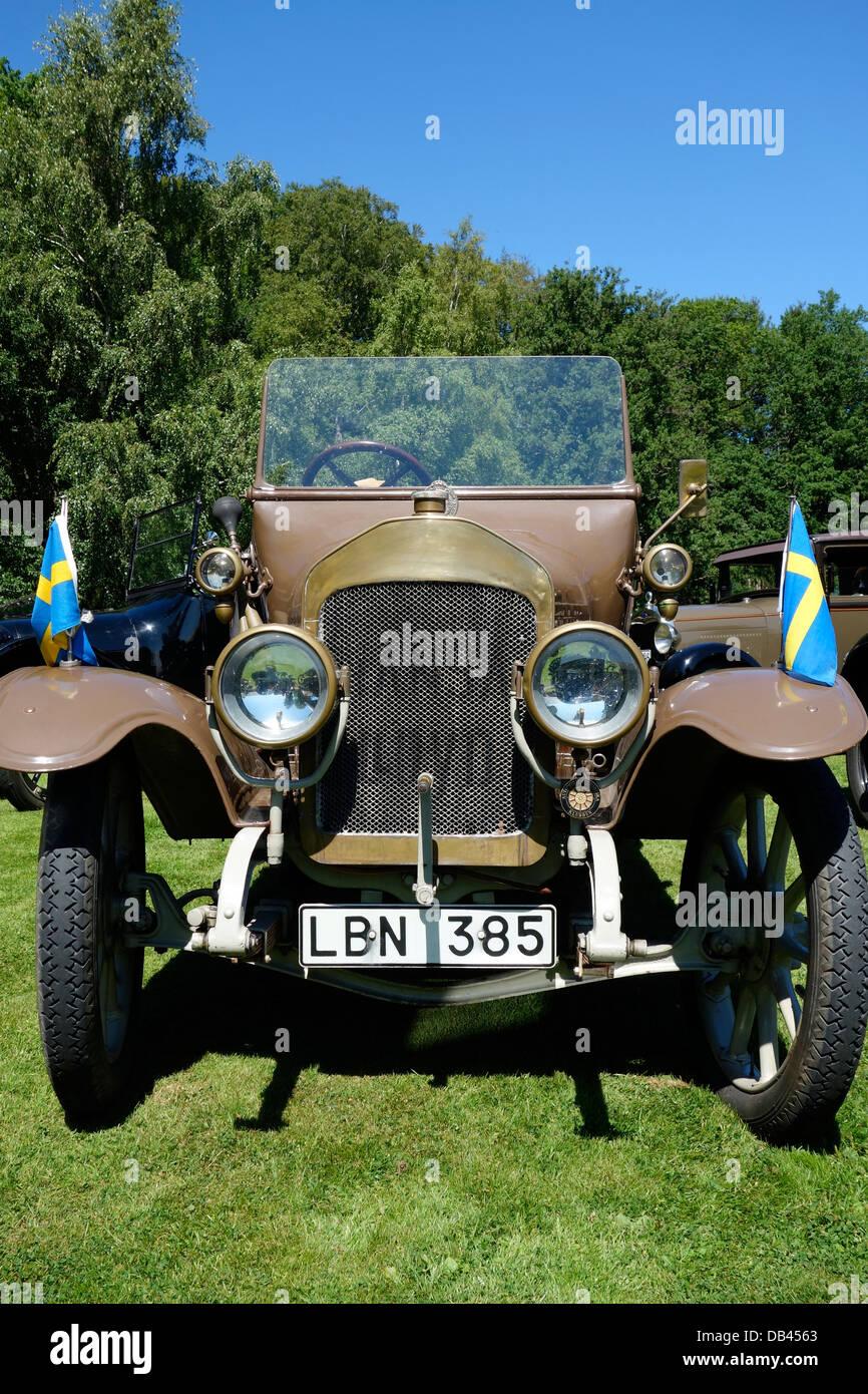 Vue avant d'antique automobile convertible de 1914 Hansa-Lloyd Photo Stock