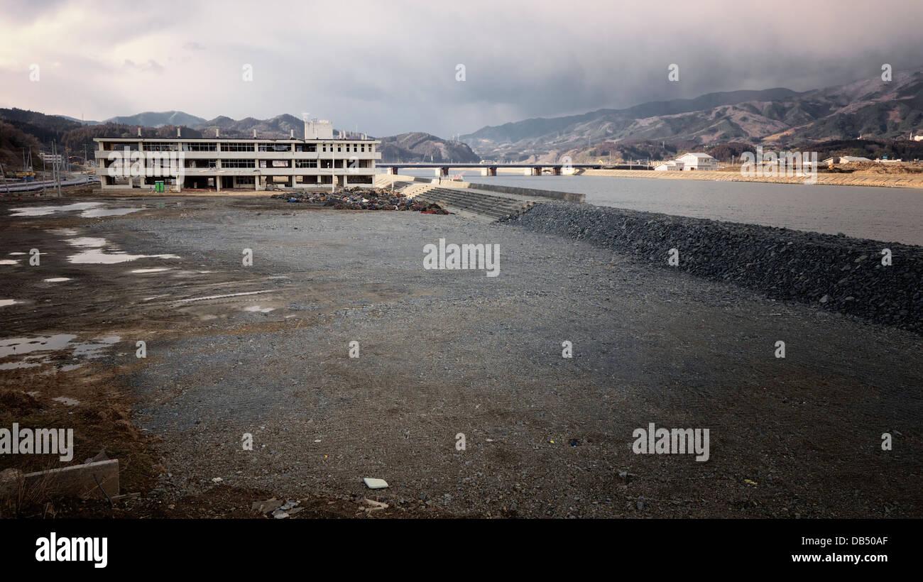 Rikuzentakata totalement détruit par le tremblement de terre de Tohoku et le tsunami de 2011 Photo Stock