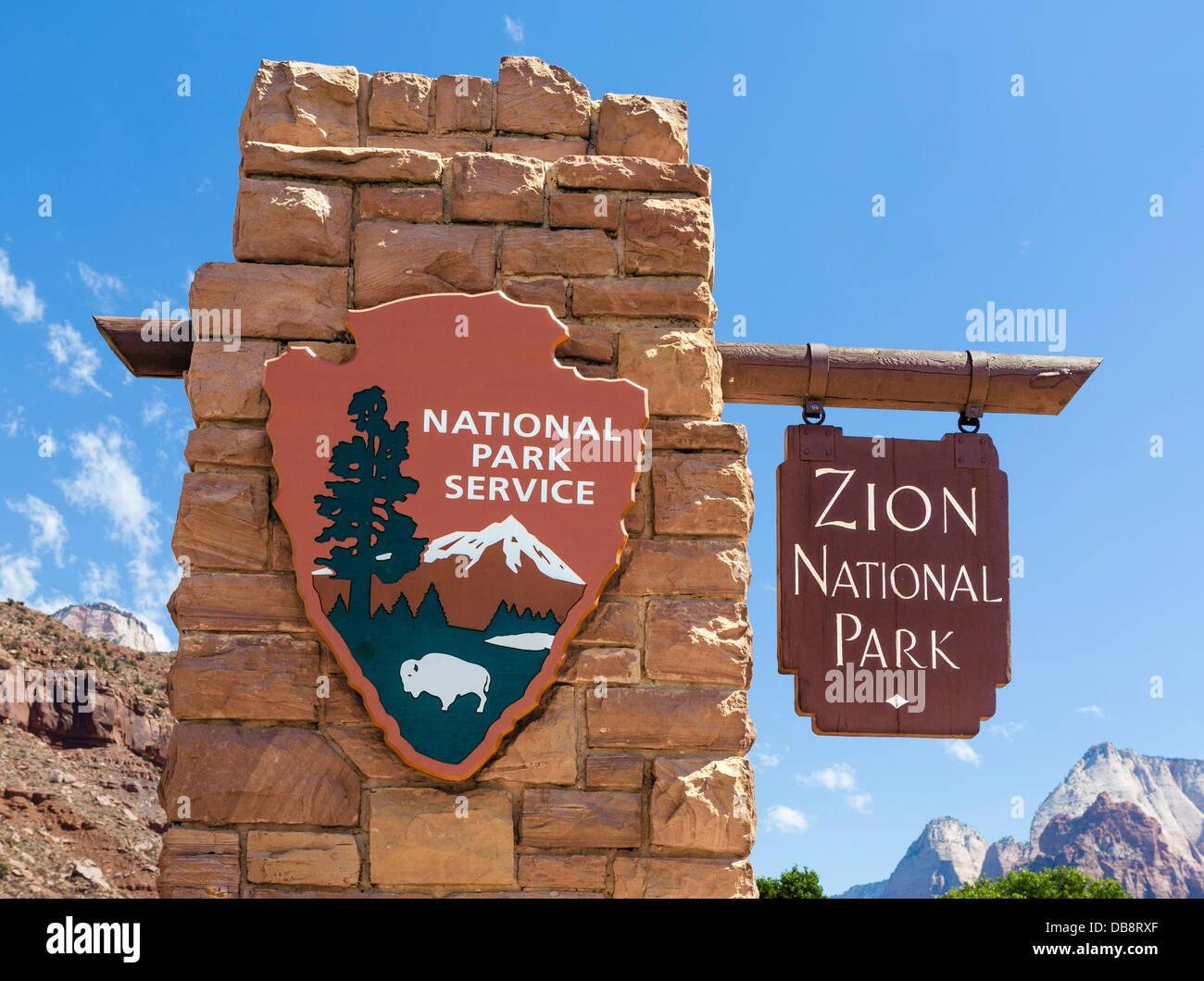 Panneau d'entrée du parc national de Zion, Utah, USA Photo Stock