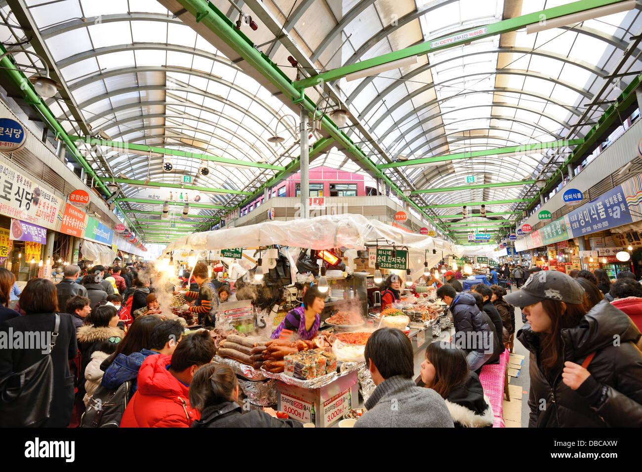 Marché de Gwangjang à Séoul, Corée du Sud. Photo Stock