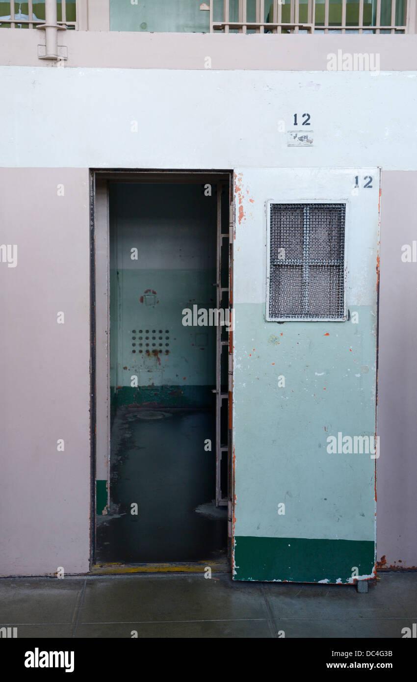 Le pénitencier d'Alcatraz prison cell pour l'isolement cellulaire Photo Stock