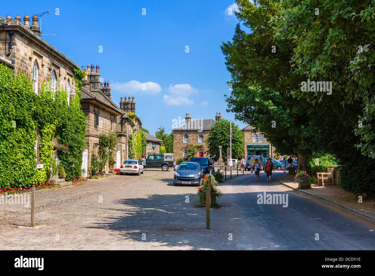 Centre du village pittoresque de Ripley, North Yorkshire, England, UK Photo Stock