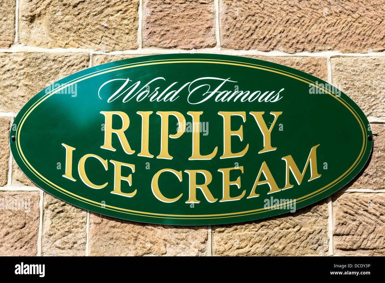 Signe pour célèbre Ripley Ripley c nécessaire à l'extérieur de la crème glacée, Photo Stock