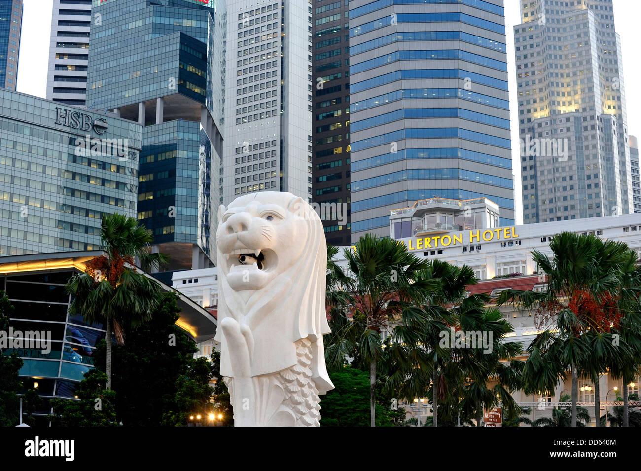 Asie Singapour Merlion, symbole de Singapour La statue Banque D'Images