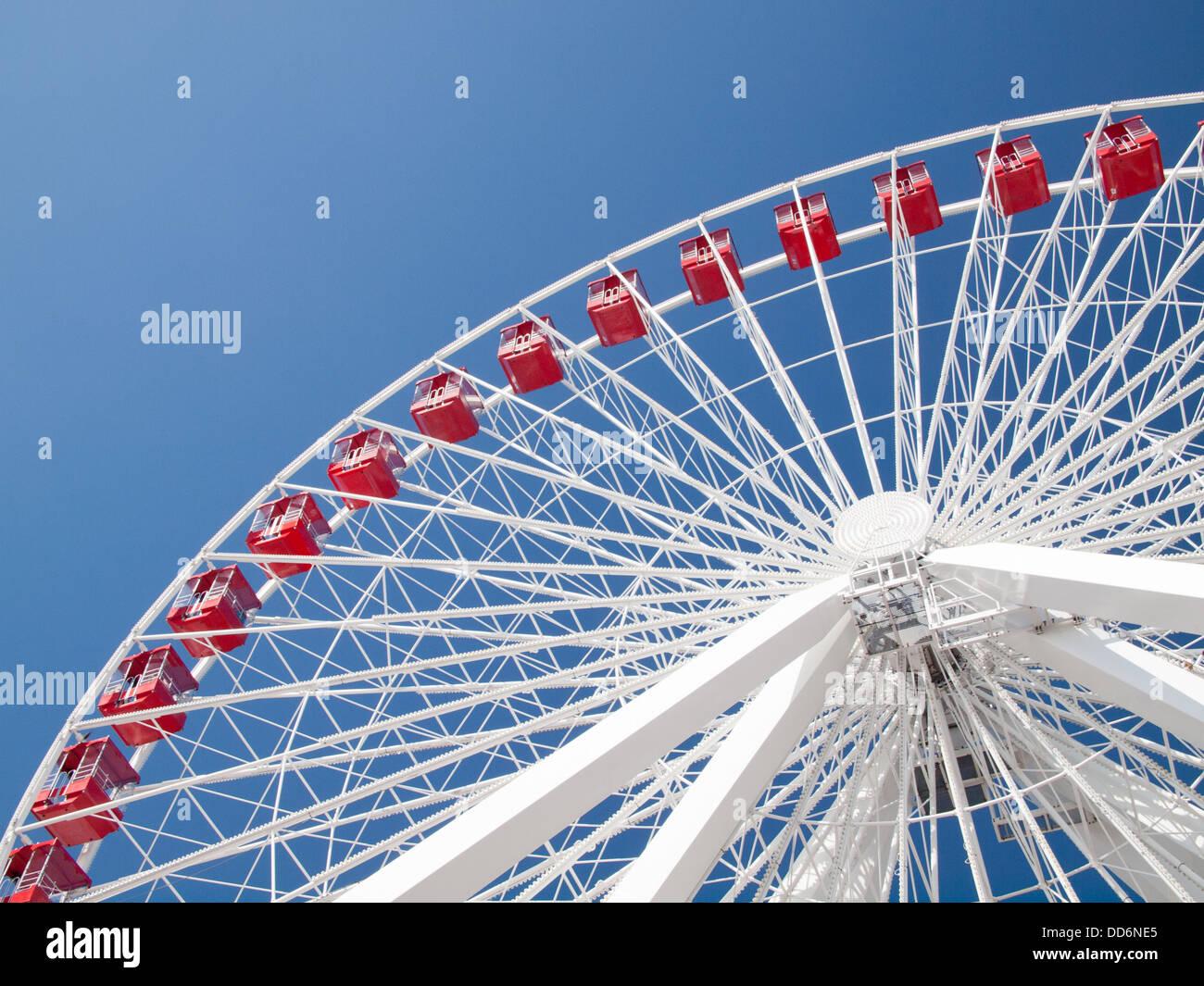L'impressionnante Grande Roue à Navy Pier à Chicago, Illinois. Photo Stock