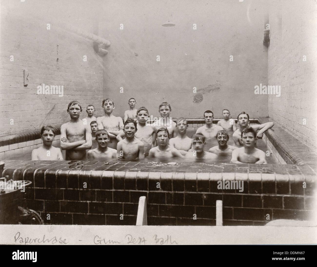 Photo De Groupe Des Garcons A Plunge Baignoire York Yorkshire 1909