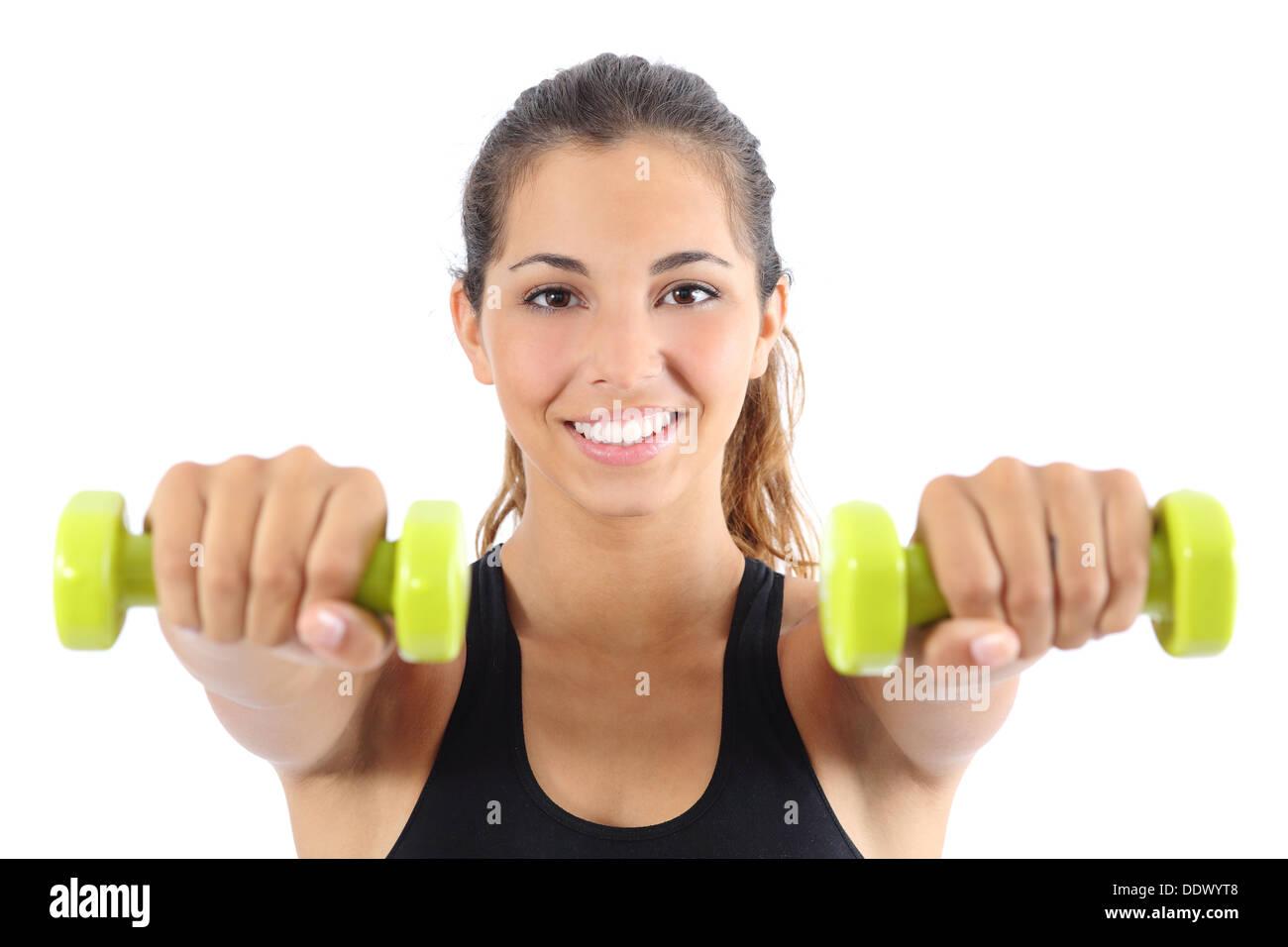 Vue de face d'une belle grande sportive pratiquer avec haltères aérobiques isolé sur fond blanc Photo Stock