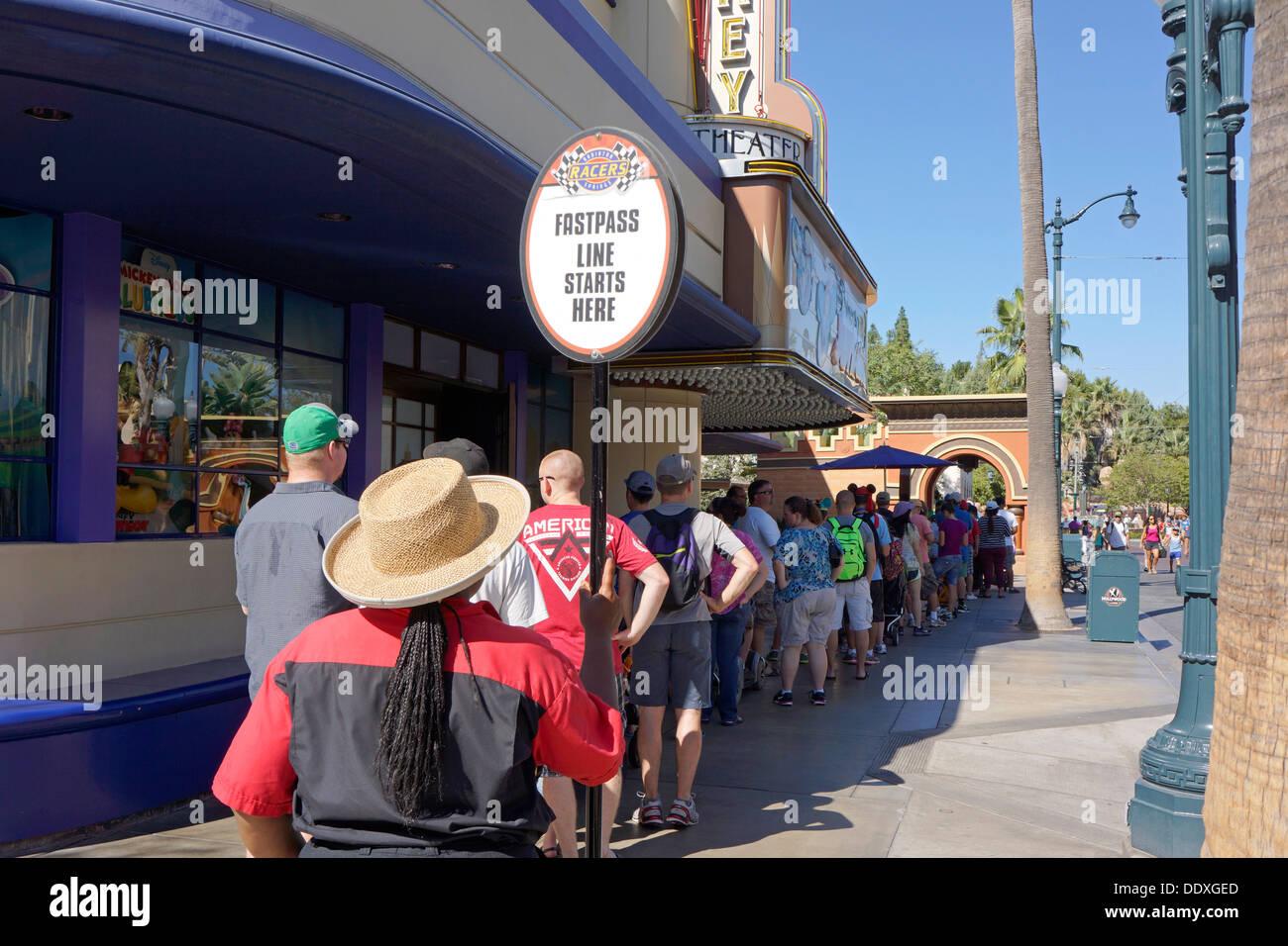 Disneyland, File d Fastpass, Service, Ligne, California Adventure Park, Anaheim Photo Stock