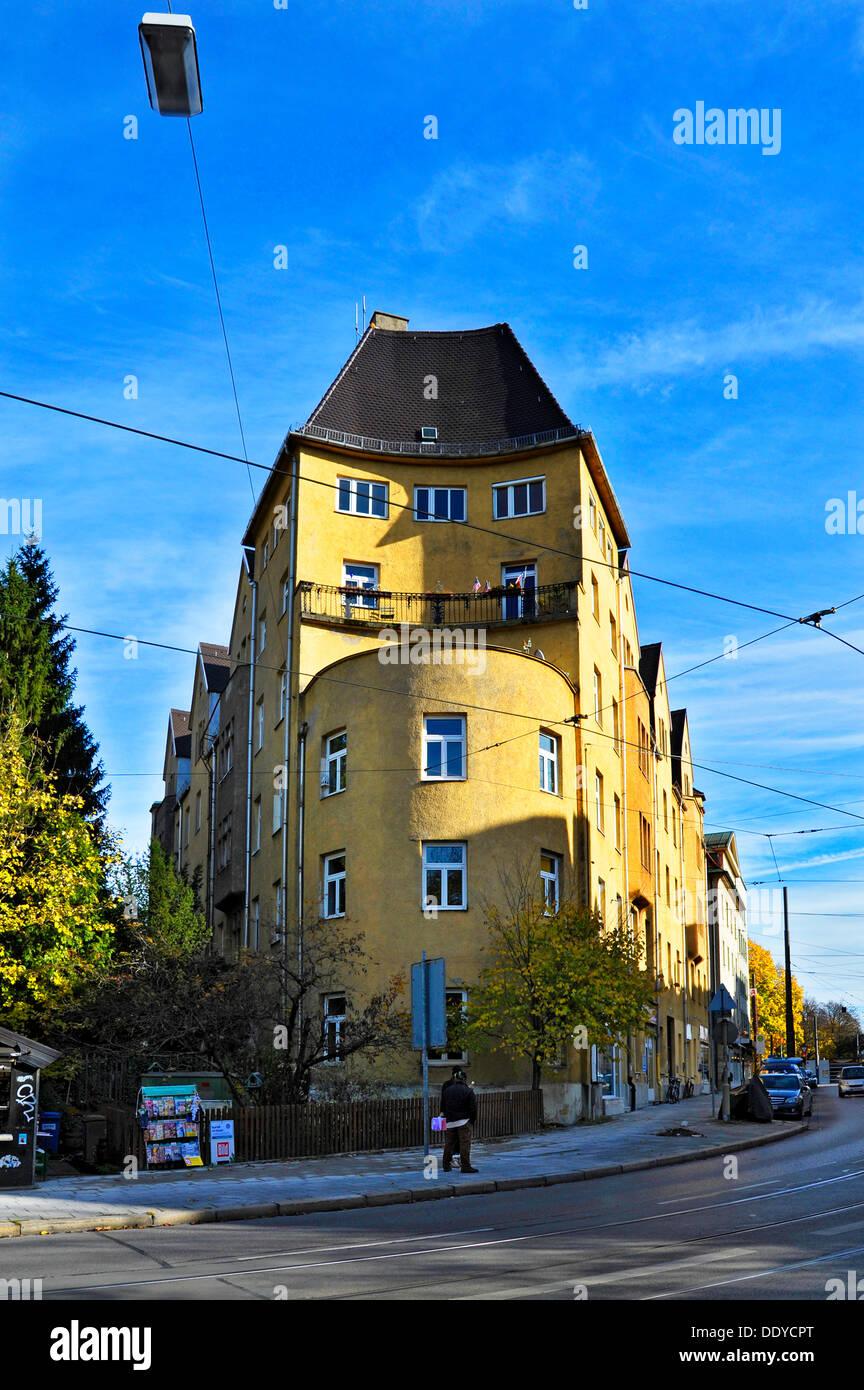 Bâtiment avec une forme inhabituelle, Nockherberg hill, Giesing, Munich, Bavière Photo Stock