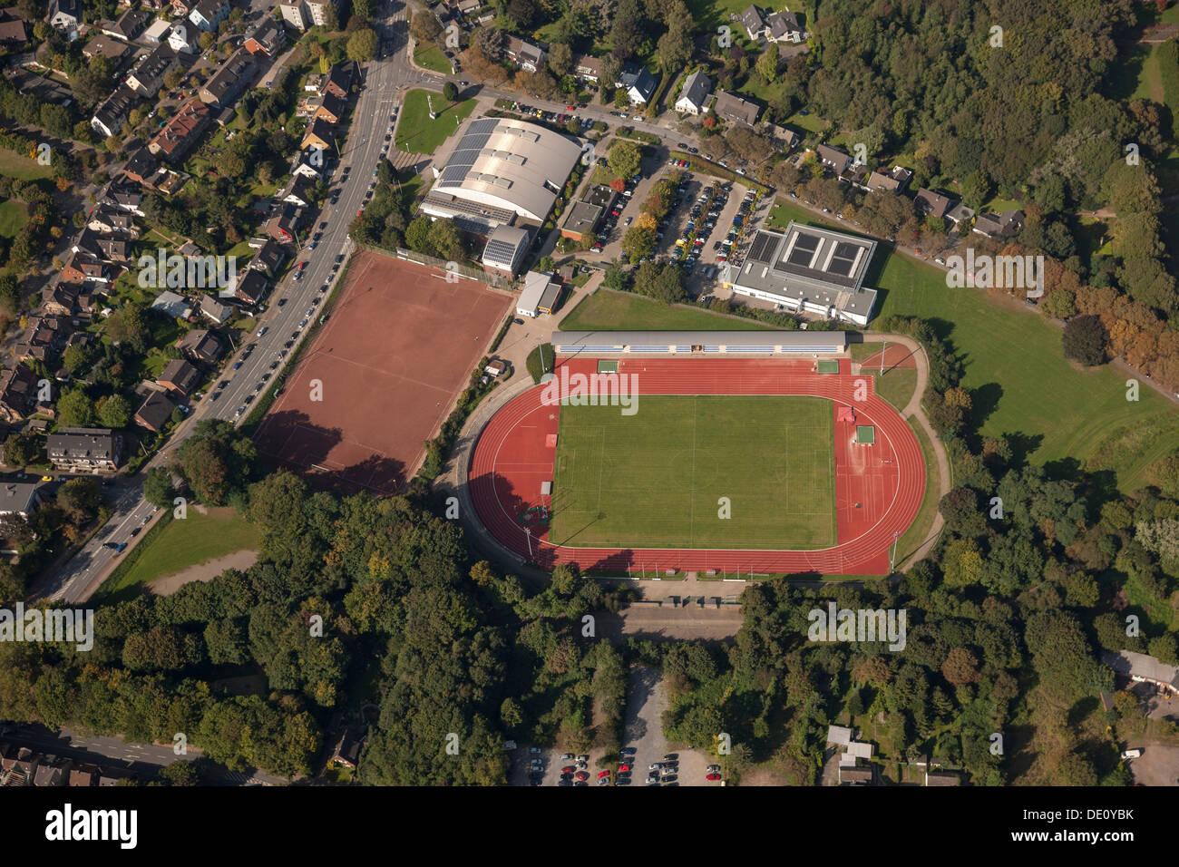 Vue aérienne, Dieter-Renz-Halle sports hall, stade Jahnstadion, Bottrop, Ruhr, Rhénanie du Nord-Westphalie Photo Stock