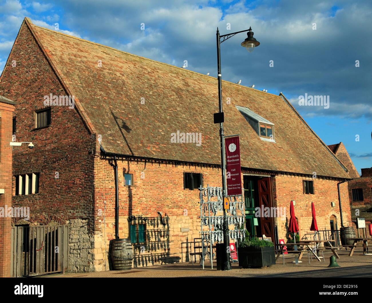 Marriott's Warehouse, Quayside, Kings Lynn Norfolk England UK port port converti bâtiment pour restaurant Photo Stock