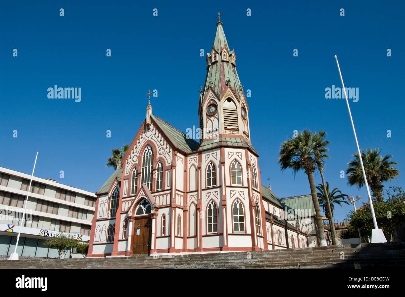 Le Chili. La ville d\'Arica. Cathédrale de San Marcos (1876) Gustave ...