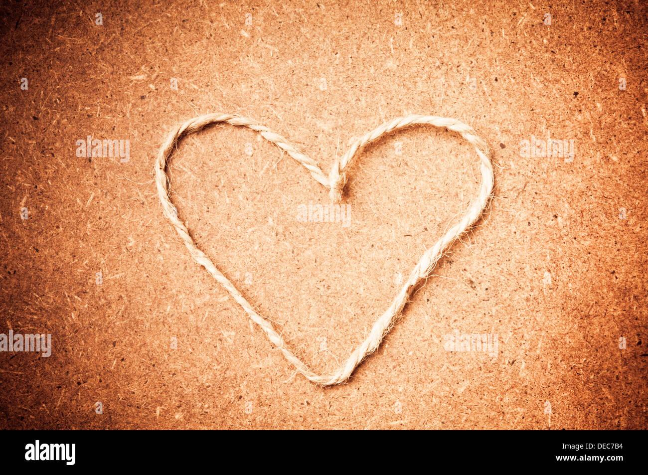 Forme de coeur Saint-valentin faite avec une corde, love concept Banque D'Images