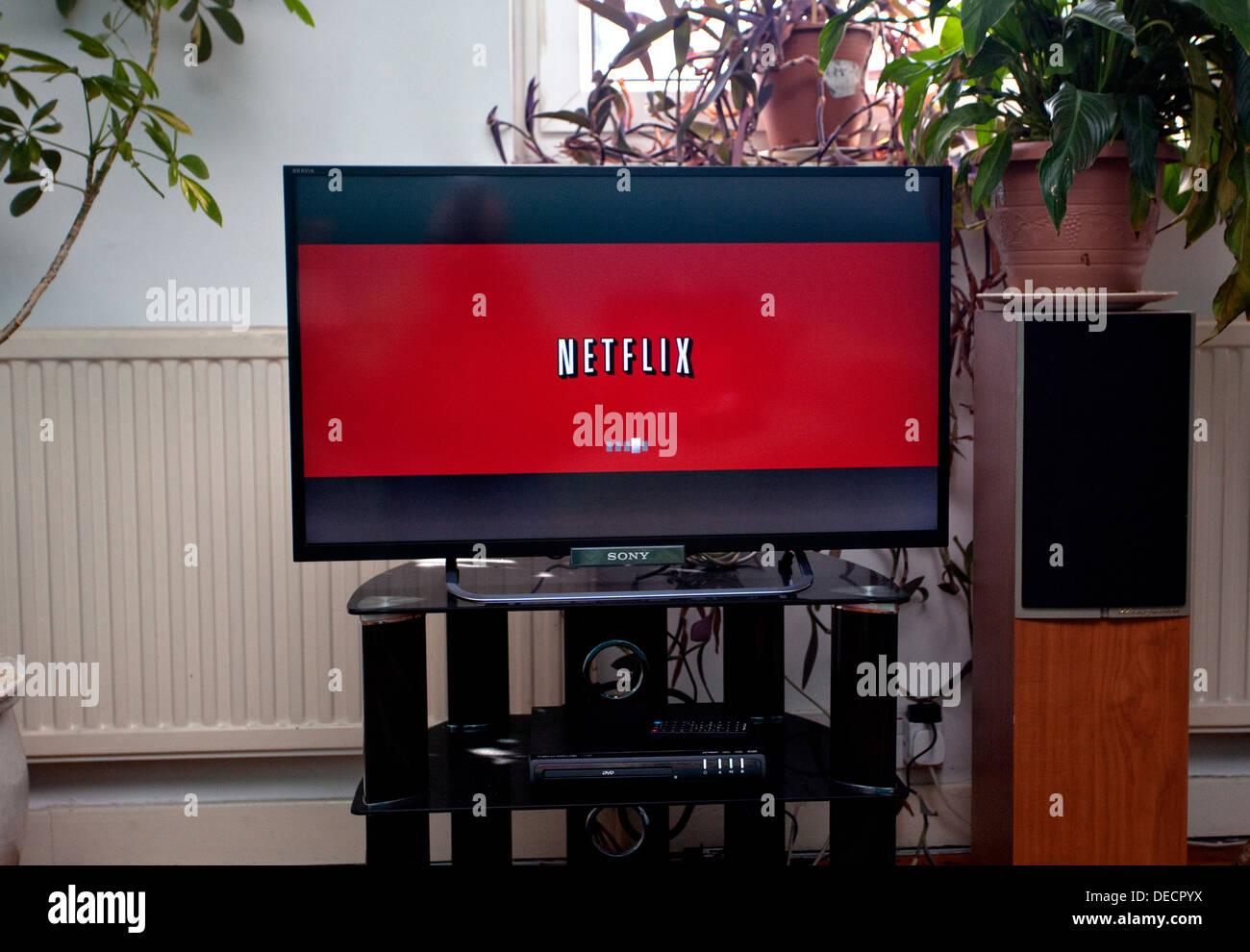 Film & TV streaming Netflix sur accueil télévision, Londres Photo Stock