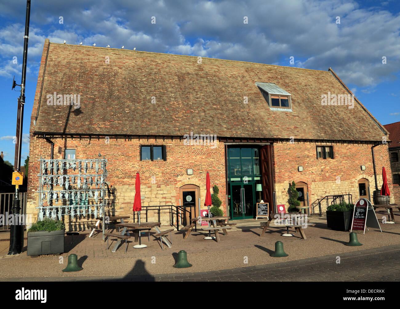 Marriott's Warehouse, South Quay, Kings Lynn, Norfolk England UK quayside médiévale transformée en restaurant la grange Photo Stock