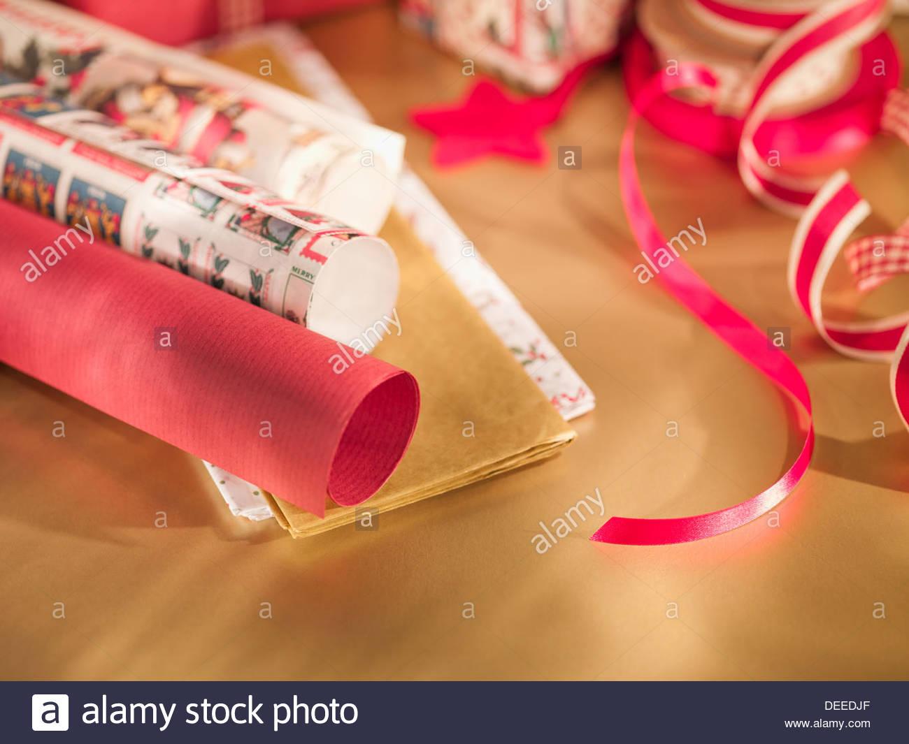 Papier d'emballage de Noël, ruban Photo Stock