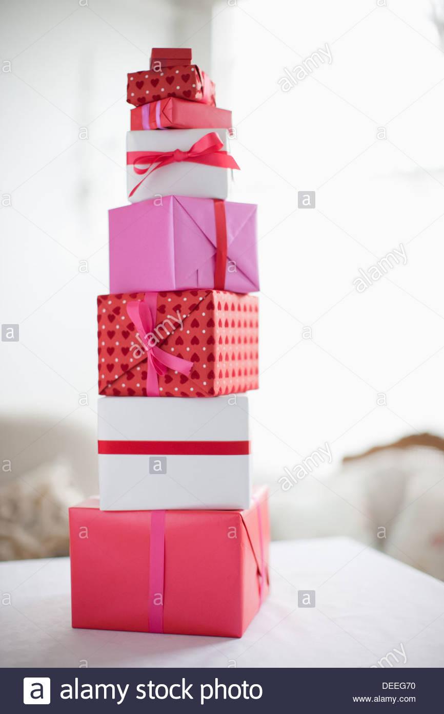 Pile de Cadeaux de Saint-Valentin Photo Stock
