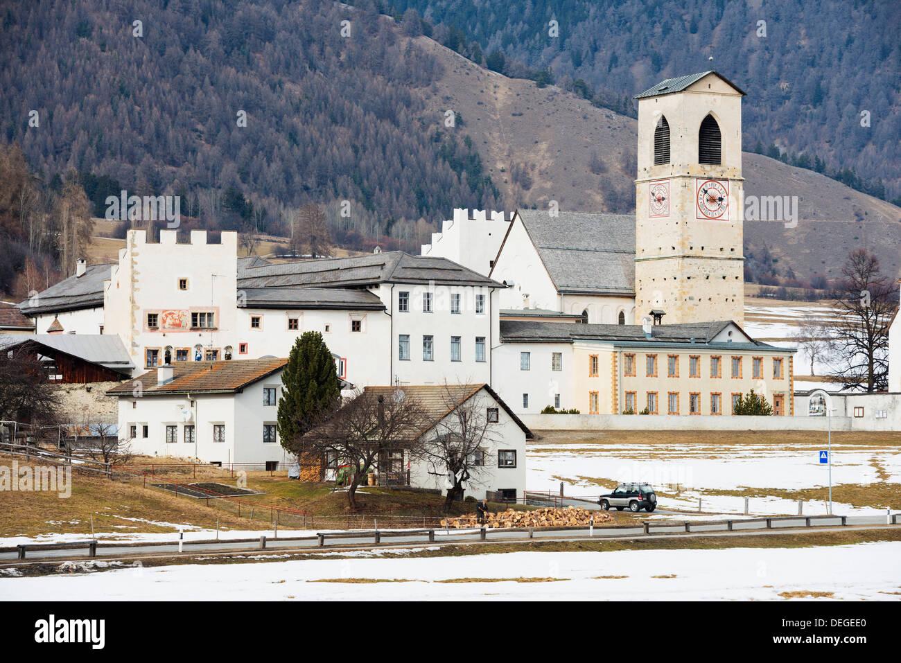 Église de monastère bénédictin, Monastère de Saint Johann, l'UNESCO, Mustair, Grisons, Suisse, Suisse Photo Stock