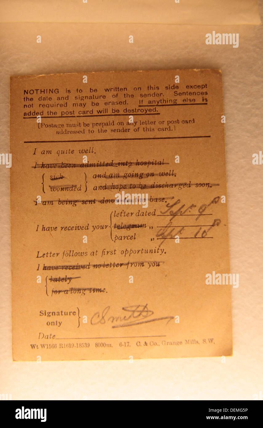 L'inverse de la Seconde Guerre mondiale, un poste d'agent du Service à la carte cimetière de Tyne Cot, Zonnebeke, Belgique. Photo Stock