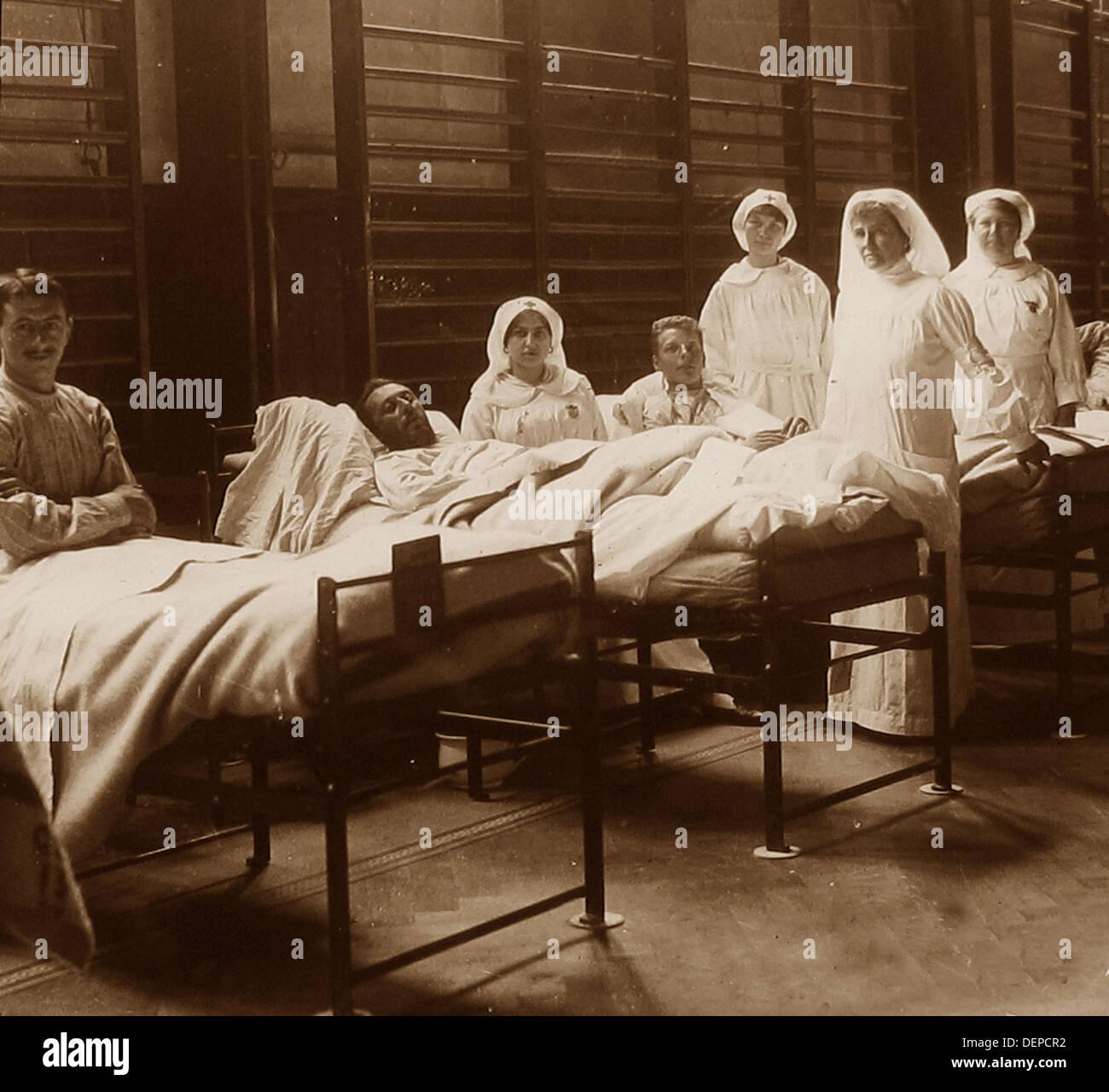 Gymnase utilisé comme hôpital pendant la PREMIÈRE GUERRE MONDIALE Photo Stock