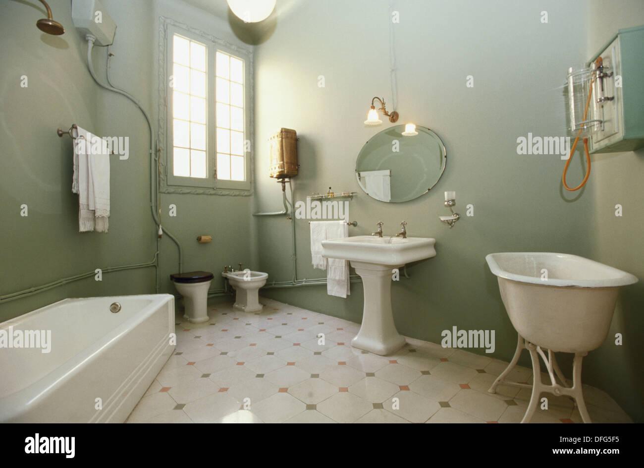 Salle de bain 20ème siècle