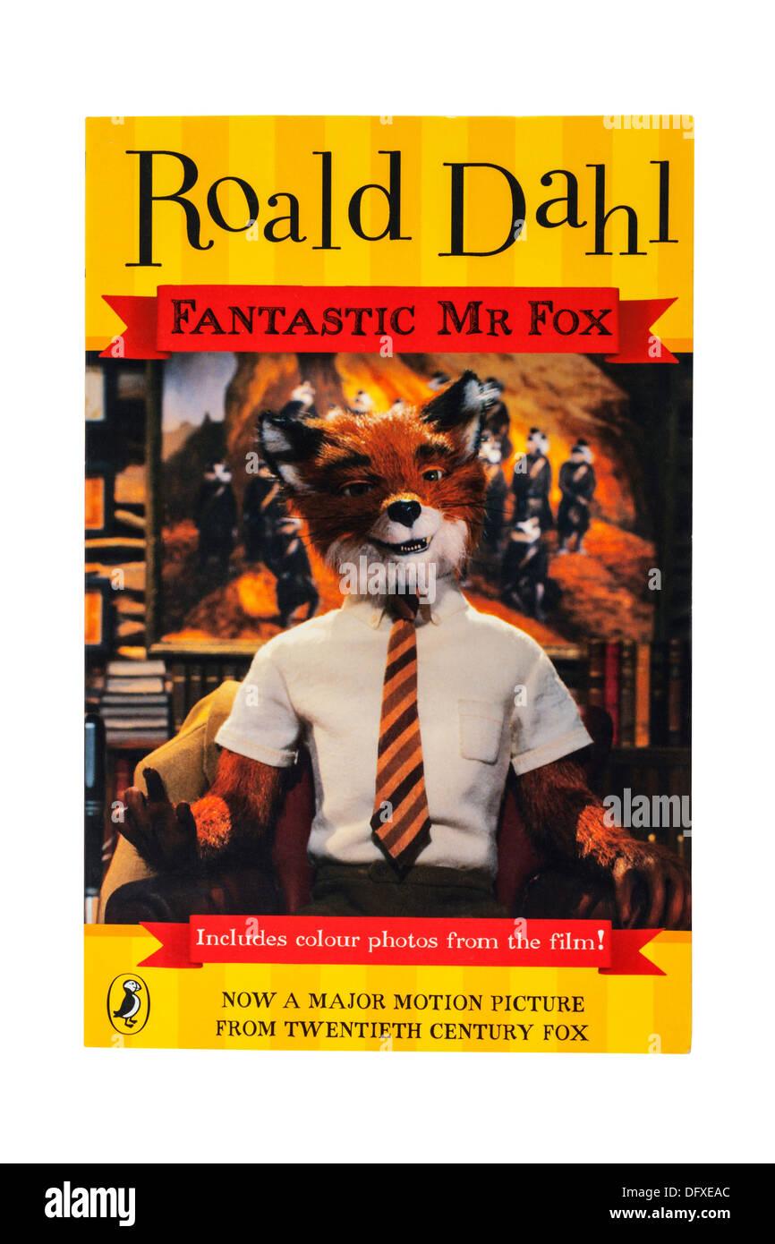 Un livre pour enfants de Roald Dahl Fantastic Mr Fox appelé sur un fond blanc Photo Stock